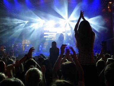 pixabay-fans-concert