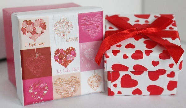 pixabay-love-gift-box2